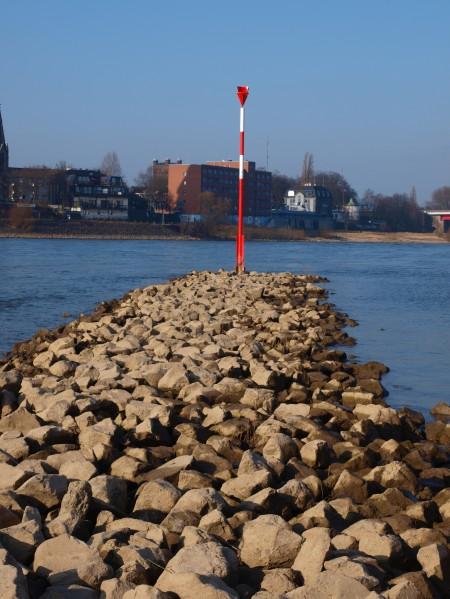 Runter an den Rhein