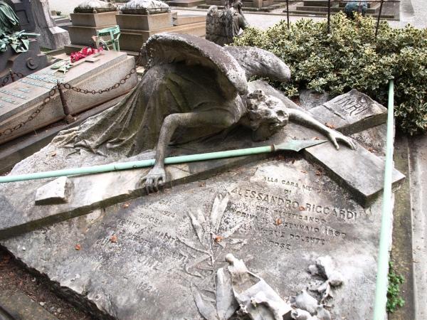 Gräber können traurig-schön sein