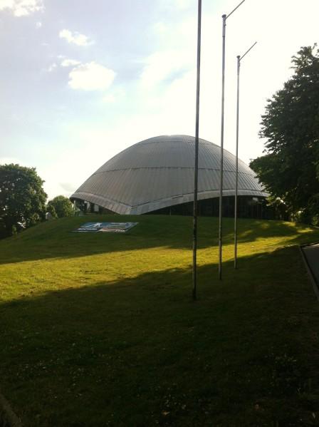 Das Planetarium von außen...